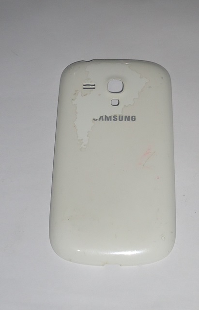 Tampa Traseira Samsung Galaxy S III Mini I8190 Branca Semi Nova