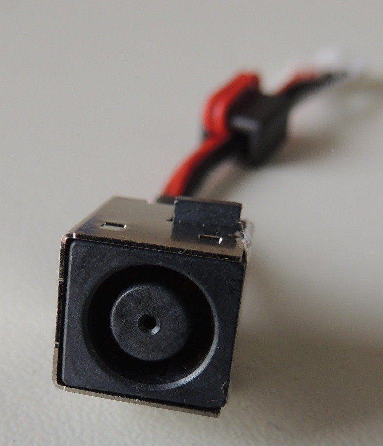 Conector Dc Jack Notebook Dell Inspiron 15r 7520 CN.0WX67P.G5AD3 (Semi Novo)