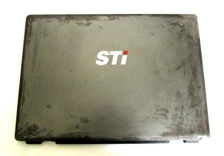 Tampa Da Tela Notebook Sti Is-1414 P/N: 83gr40052-10 (semi novo)