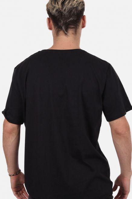 Camiseta Masculina Fresno Cortinas de Fumaça