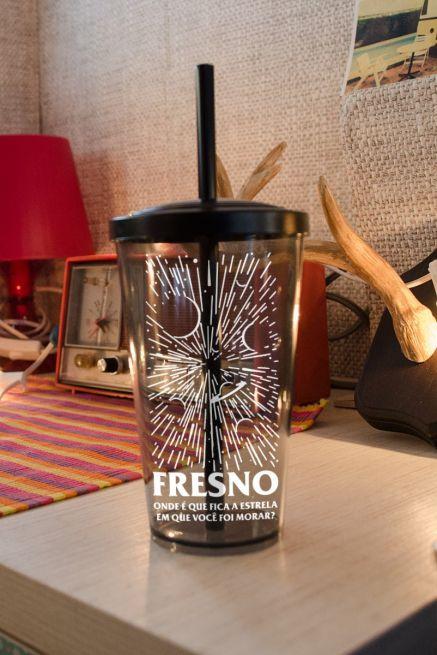 Copo Acrílico Fumê Fresno Onde Fica a Estrela