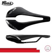 SELIM SELLE ITALIA SP-01 BOOST TM SUPERFLOW S3 TRILHO MANGANES PRETO 200G.