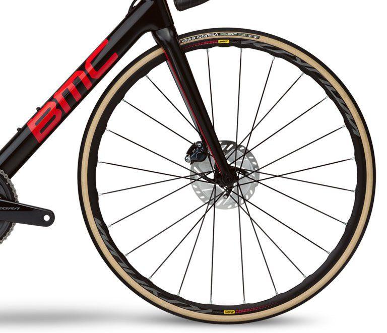 BICICLETA BMC TEAMMACHINE SLR01 DISC FOUR SPEED CARBONO ULTEGRA 22V PRETA E VERMELHA 2019