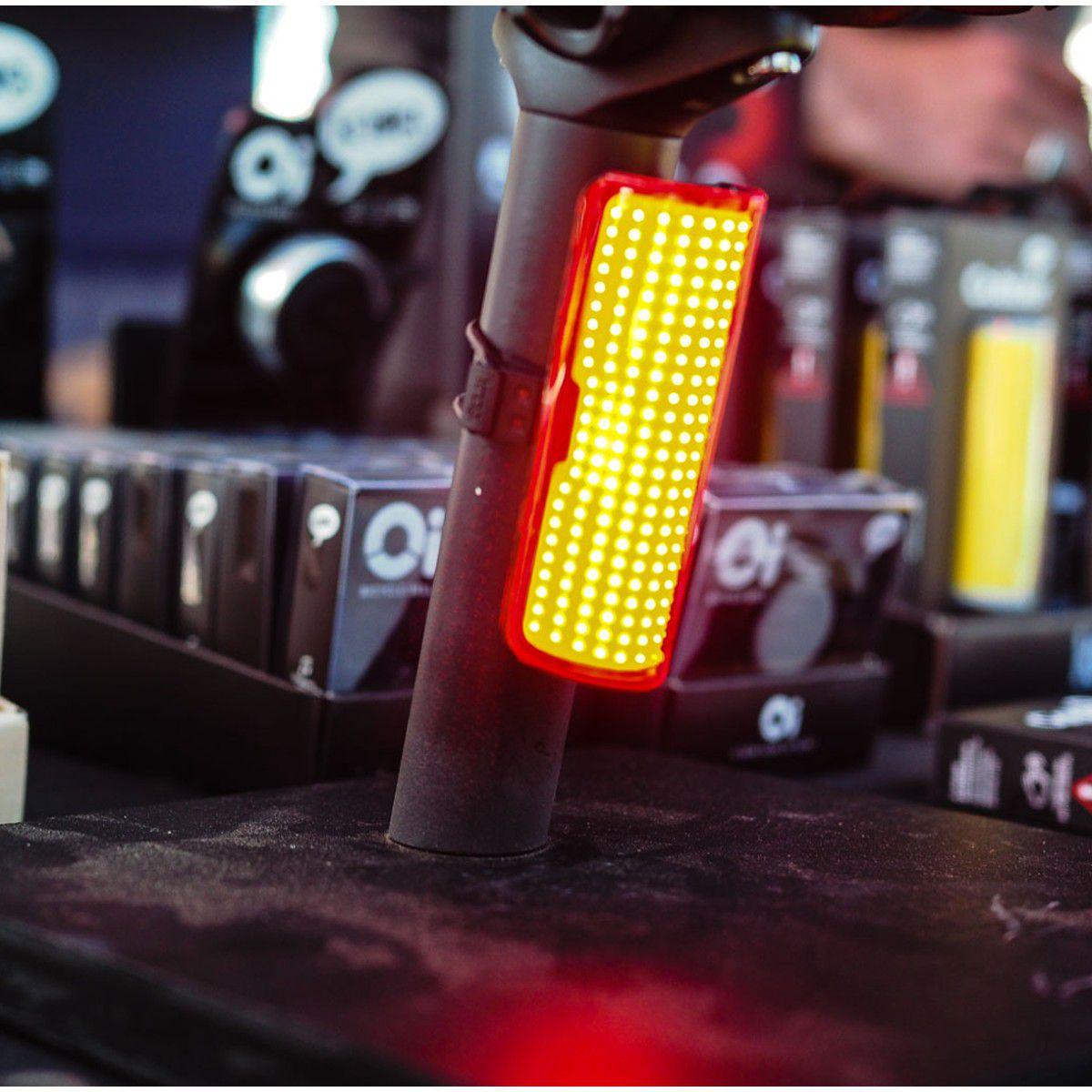 LANTERNA TRASEIRA KNOG COBBER GRANDE 330 GRAUS 270 LUMENS CARREGA VIA USB