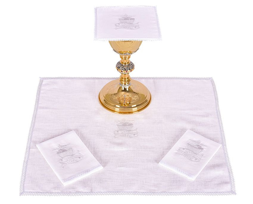 Altar Set Linen Fish and Bread B009