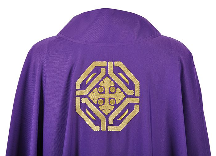 Holy Church Chasuble CS075