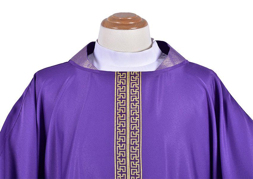 Presbiterial Chasuble CS101