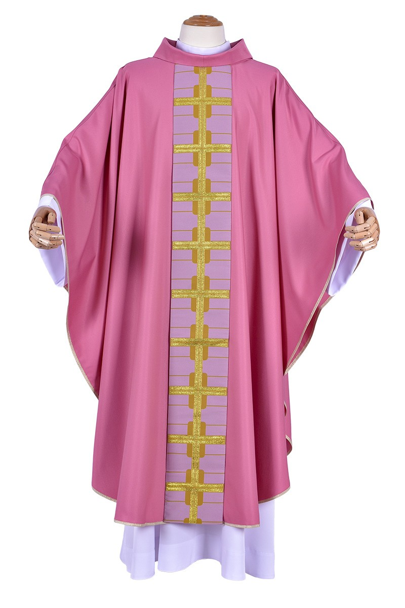 Venice Medal Cross Chasuble CS037