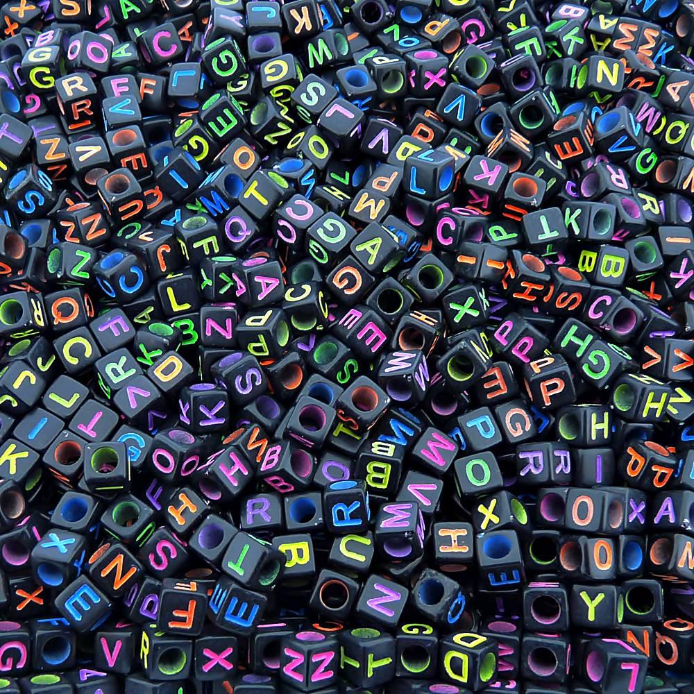 Entremeio Conta com Letras de Plástico - Preto com Neon - 6mm - 250g  - Nathalia Bijoux®