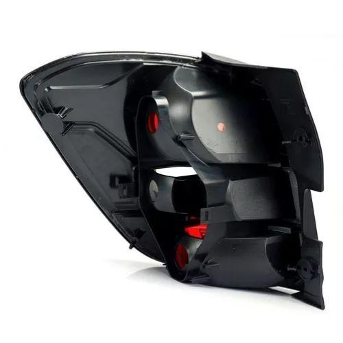 Lanterna traseira fume escura borda preta lado direito Fitam 36062D GM Spin Activ 2012 2013 2014 2015 2016 2017 2018  - Farecar Comercio
