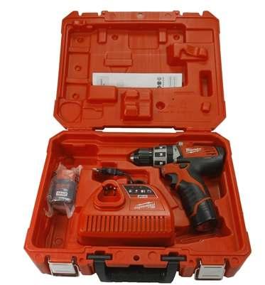 Parafusadeira / Furadeira De Impacto 3/8´´a Bateria De Íons Lítio M12™ 2411-259 - Milwaukee  - COLAR