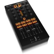 Behringer CMD MM-1 Controladora Dj CMD MM1 Mixer 4-Canais 4-Decks Usb