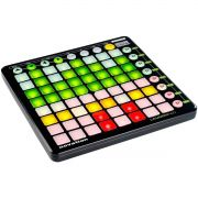 Novation LaunchPad Controladora Dj 64-Pads Coloridos Ableton Live Usb