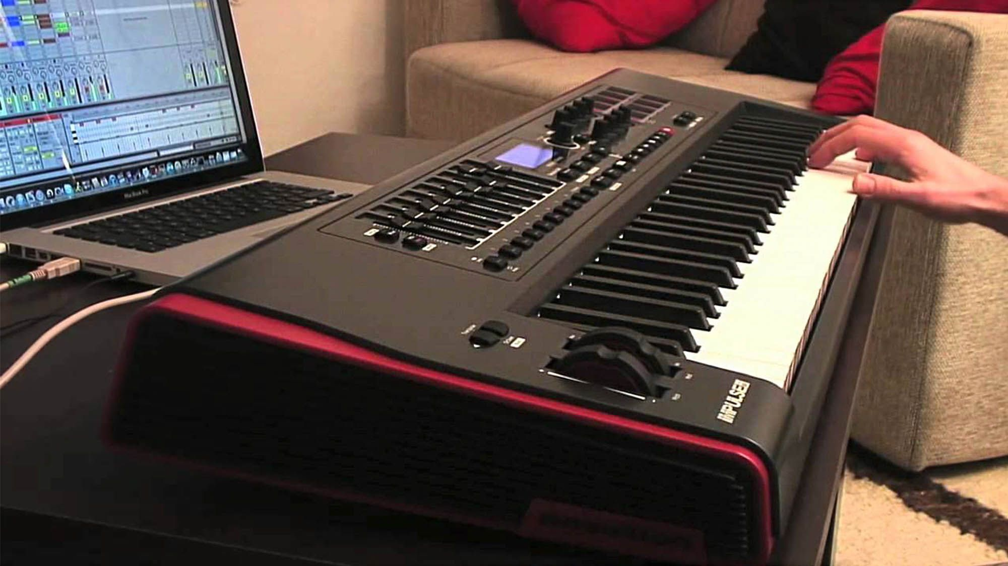 Novation Impulse 61 Controladora Midi Completa Para Produção Musical Ableton Live
