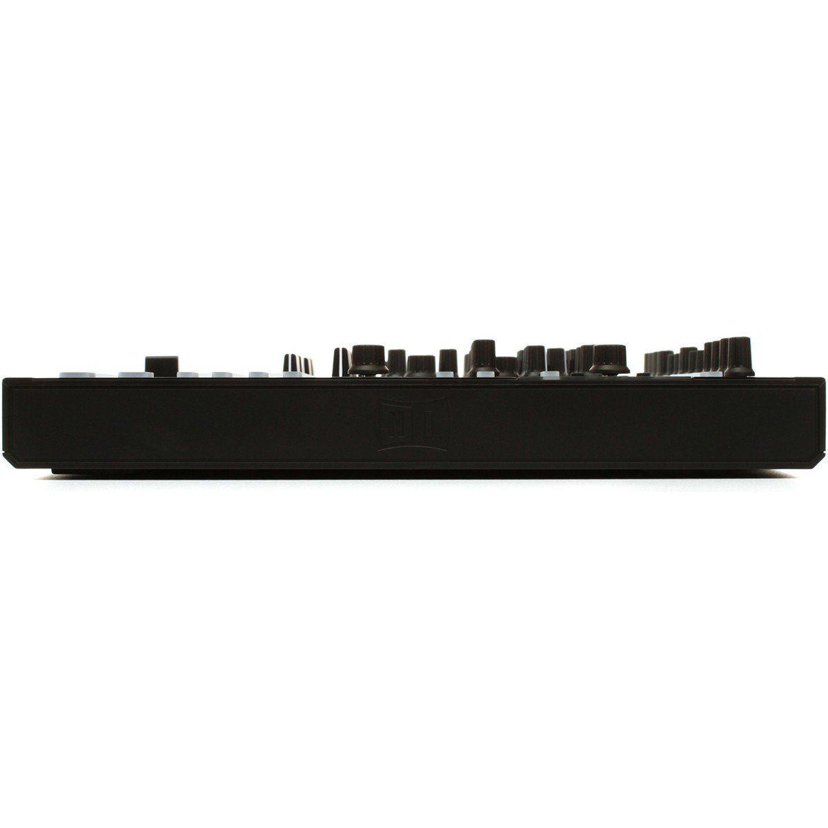 Native Instruments Traktor Kontrol S8 Controladora Dj 4-Decks 4-Canais Display