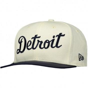 Boné New Era MLB Detroit Tigers 950 Off White e Marinho