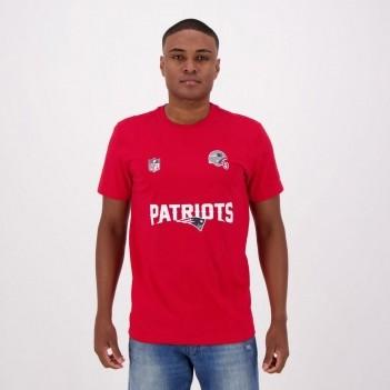 Camiseta New Era Essential NFL New England Patriots Escudo Vermelha