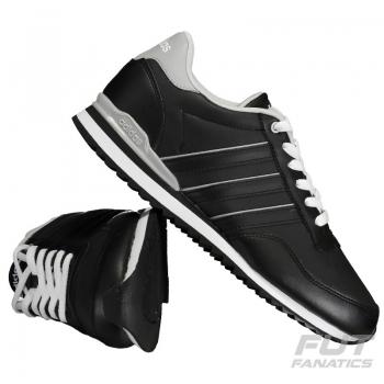 Tênis Adidas Jogger CL