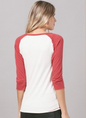 Camiseta Raglan Feminina The Beatles Strawberry Field Forever