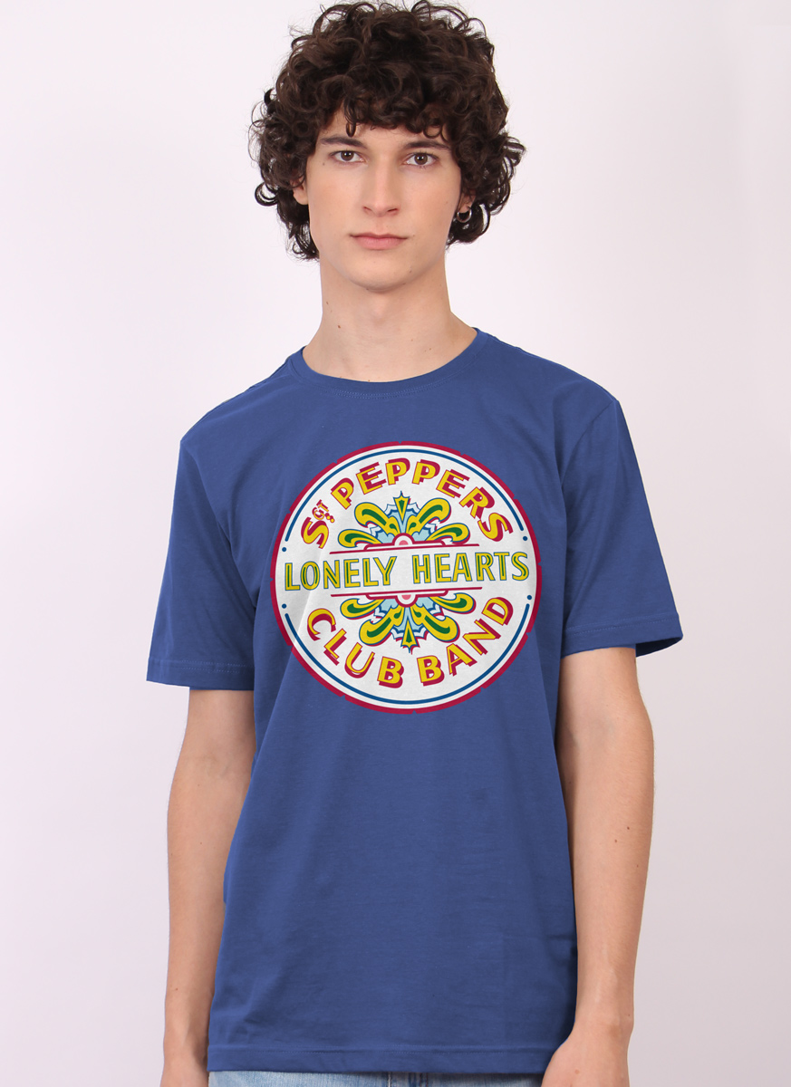 Camiseta Unissex The Beatles - Sgt Peppers Club Band And The Lonely Hearts