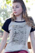 Camiseta Raglan Feminina Mauricio de Sousa 80 Anos P&B