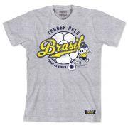 Camiseta Turma da Mônica - Mônica Jogando 3