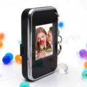 Chaveiro LCD Mini Porta Retrato Digital 1,5?? Preto C/ Cromado