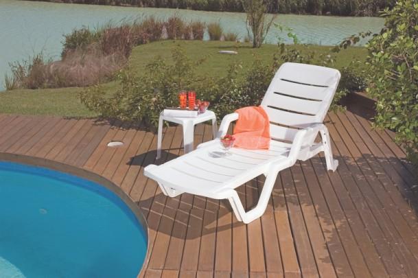 Cadeira Espreguiçadeira Leblon Branca Tramontina