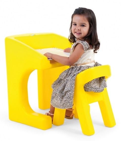 Escrivaninha com Cadeira Amarela Xalingo