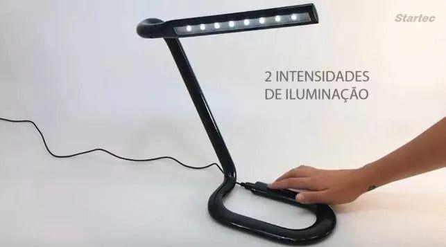 Luminaria De Mesa Led Clipest Preta