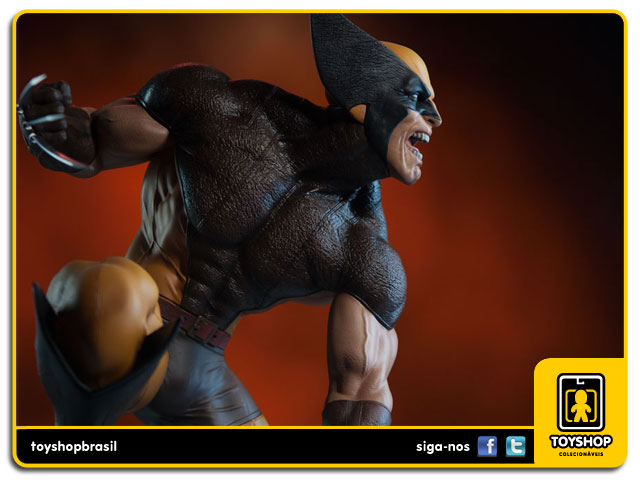 Marvel: Wolverine (Brown Costume) Premium Format - Sideshow Collectibles