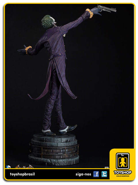 Arkham Asylum: The Joker Premium Format  - Sideshow Collectibles