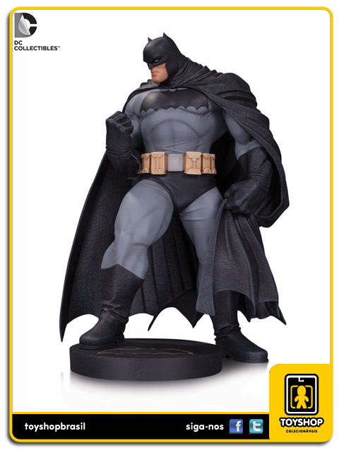 Dark Knight Master Race: Estátua Batman Andy Kubert - DC Collectibles