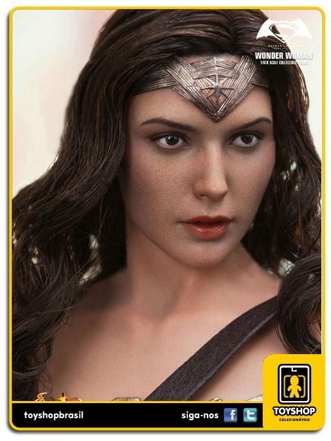 Batman v Superman Dawn of Justice Wonder Woman  Hot Toys