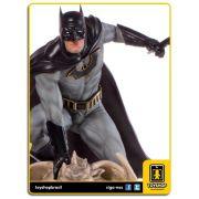 DC Comics Batman Deluxe  by Eddy Barrows Art Scale 1/10 Iron Studios