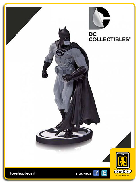 Black and White: Estátua Batman Gary Frank - DC Collectibles