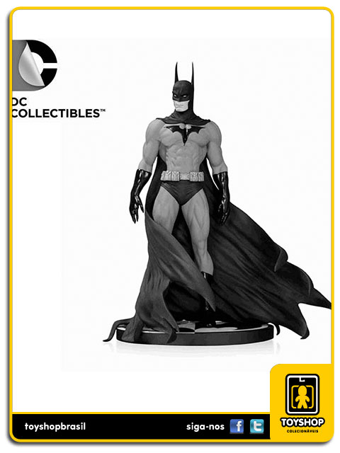Black and White: Estátua Batman Michael Turner - DC Collectibles