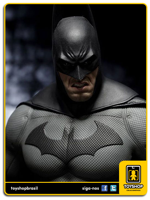 Arkham City: Batman 1/6 - Hot Toys