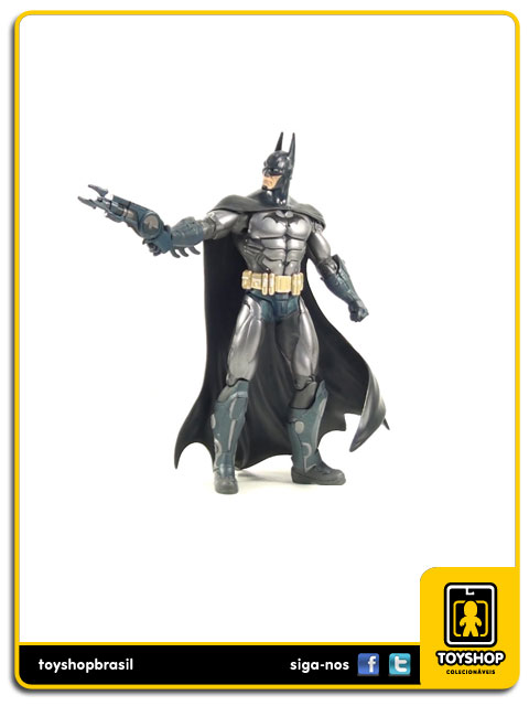Batman Arkham Asylum  Batman Armored  Dc Collectibles