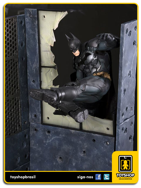 Batman Arkham Knight: Batman  1/10 Artfx - Kotobukiya