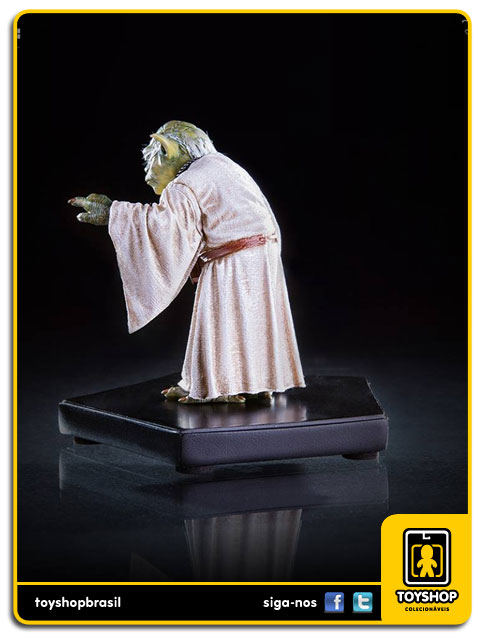 Star Wars: Estátua Yoda Art Scale 1/10 - Iron Studios