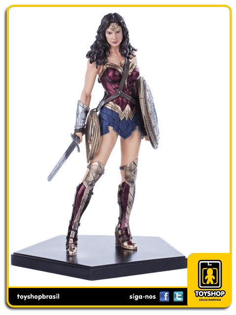 Batman v Superman Wonder Woman 1/10 Art Scale Iron Studios