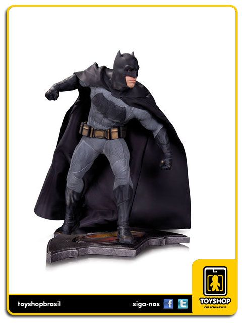 Batman v Superman Dawn of Justice Batman Statue DC Collectibles