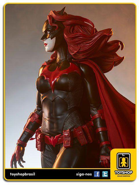 Dc Comics: Estátua Batwoman Premium Format - Sideshow Collectibles