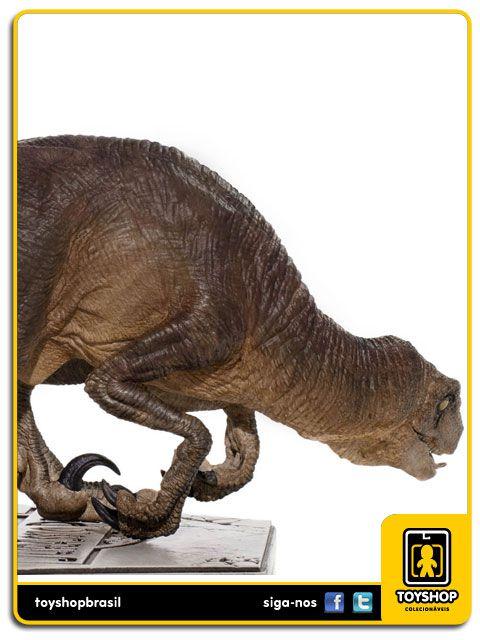 Jurassic Park Estátua Velociraptor Crouching  Art Scale 1/10 Iron Studios