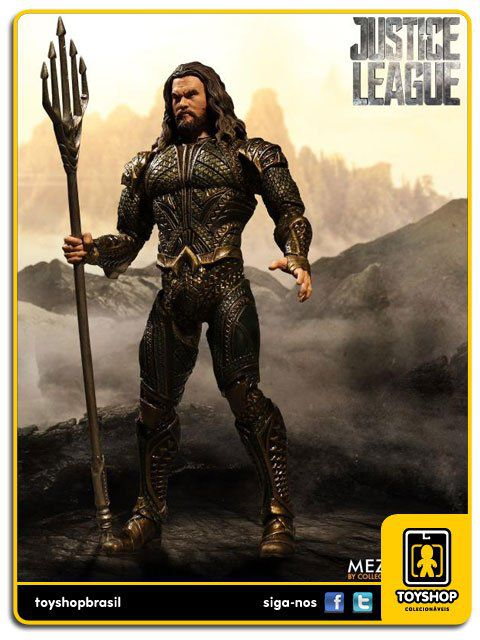 Justice League Aquaman One:12 Mezco Toys