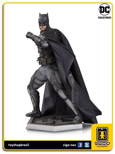 Justice League Movie Tactical Suit Batman Statue DC Collectibles