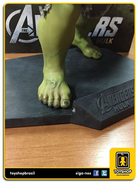 Marvel The Avengers Hulk 1/10  Iron Studios