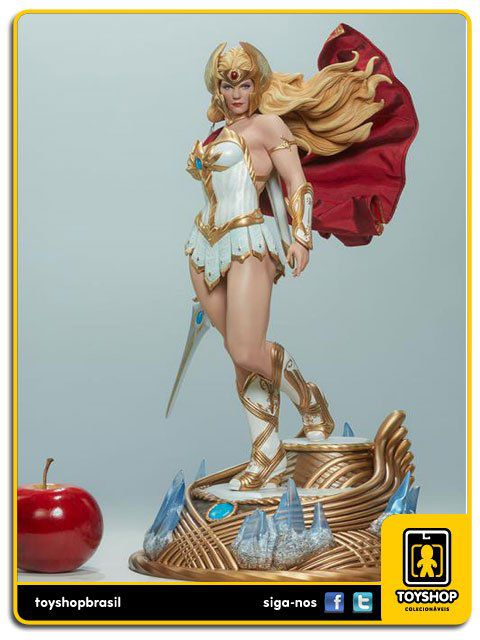 Masters of the Universe She-Ra Statue by Sideshow Collectibles