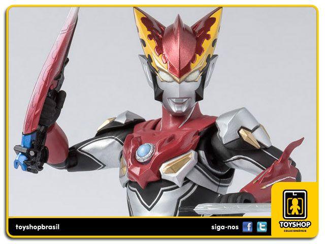 S.H. Figuarts Ultraman Rosso Flame Bandai